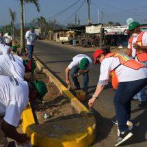 Mejoran imagen urbana en tramo carretero Tuxtepec-Valle Nacional