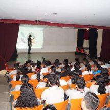 Fomenta Dávila actividades con jóvenes sobre prevención del delito