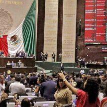 Sin clases en Oaxaca por gira de maestros