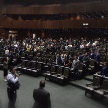 Diputados dan primera lectura al dictamen de la reforma educativa
