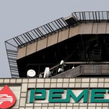 Mandos de Pemex, con sueldos más altos que AMLO