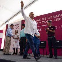 López Obrador promete rescatar 63 cuerpos enterrados desde un desastre minero de 2006