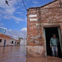Prevén 19 huracanes en México; CFE se declara lista ante posibles daños