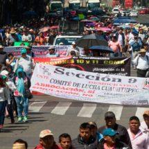 Anuncia AMLO reunión con CNTE y SNTE en Palacio Nacional