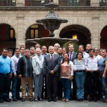 Magisterio es indispensable en la transformación nacional: López Obrador