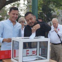 Funcionarios del Ayuntamiento de Tuxtepec refrendan su apoyo a Cruz Roja