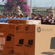 Entrega IEEPO mobiliario y equipo a cinco escuelas de Santiago Suchilquitongo