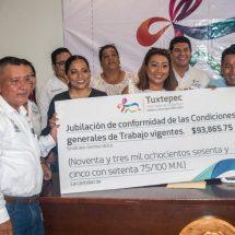 Finanzas sanas permiten pagar jubilación a 13 empleados sindicalizados: Dávila