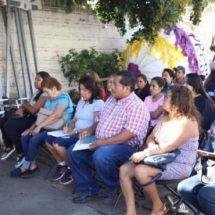 Capacitan a comerciantes de Xoxocotlán en materia de manejo sanitario de alimentos