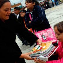 Libros de texto estarán listos en nuevo ciclo escolar: AMLO