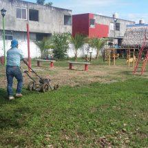 Atiende Gobierno de Tuxtepec necesidades en espacios deportivos de colonias y comunidades