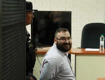Juez suspende condena y decomisos contra Javier Duarte
