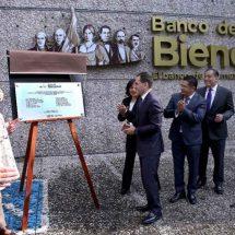 Secretario de Hacienda da el banderazo al Banco del Bienestar