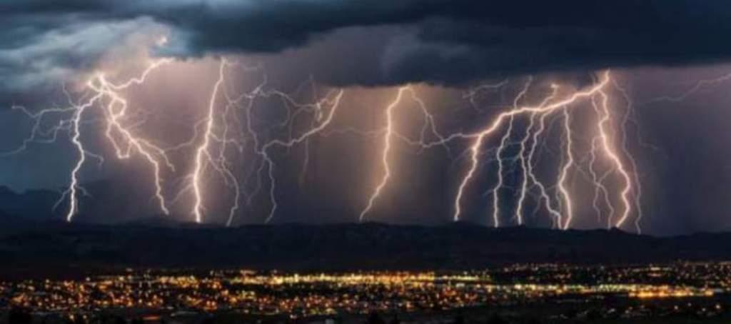 Lluvias intensas con descargas eléctricas y posible granizo se pronostican para Oaxaca