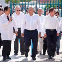 El salario en México aún es de los más bajos: AMLO