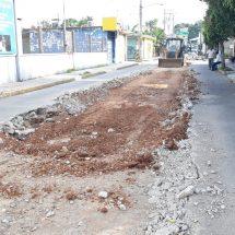 Gobierno Municipal  introduce tubería para agua potable en colonia Lázaro Cárdenas