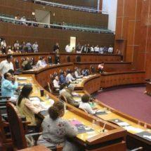 Denuncian a 27 diputados de Guerrero por tomar 21 días de vacaciones