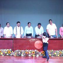 Destina 2.1 millones de pesos… Dávila entregará 1,500 becas a alumnos en pobreza