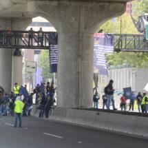 Policías federales deciden no cerrar Periférico e Insurgentes Sur