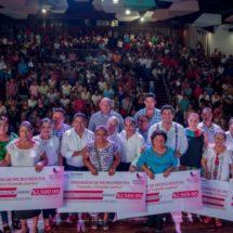 Tuxtepec, primer municipio en Oaxaca que entrega 800 microcréditos a mujeres