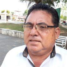 Vecino del fraccionamiento las Palmas intenta adjudicarse un área verde