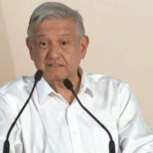 Acusa AMLO facturas falsas con Peña Nieto
