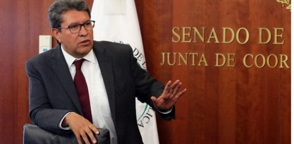 Monreal asegura que no se usará fuerza pública contra CNTE