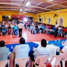 Hasta con mariachi reciben al Dr. Joaquín Guzman los panistas de Tierra Blanca