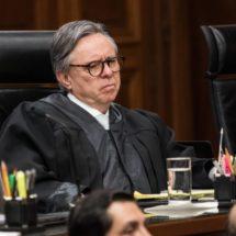 La renuncia de un ministro de la Corte Suprema sacude la política en México