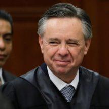 La renuncia de un ministro del Supremo da a López Obrador un mayor control judicial