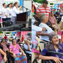 Entregan 40 sillas de ruedas… Consideran  solidaria y humilde  la atención de Presidenta DIF a los sectores vulnerables