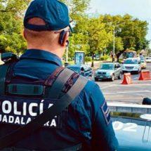 Buscan dar 27 días a policías que sean papás