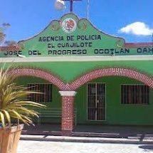 Ayuntamiento de San José del Progreso atiende a padres de familia de El Cuajilote