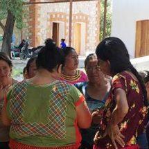 Familiares de internos de Juchitán trasladados a Tanivet exigen que sean devueltos al Istmo