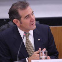 Es más racional reducir 20% al financiamiento de partidos: Lorenzo Córdova