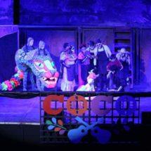 "Cautiva ""Coco, el Musical"" a niñez de Oaxaca de Juárez"