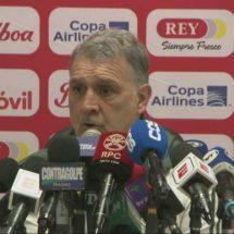 Martino aclara que 'Chicharito' no está sancionado