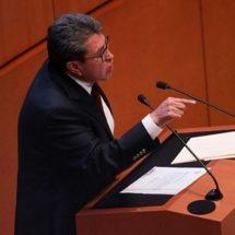 Denuncia Ricardo Monreal extorsiones a su nombre
