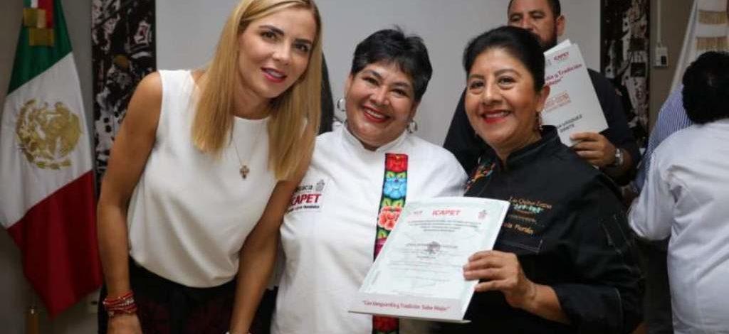 Reconoce Ivette Morán de Murat trabajo de chefs oaxaqueños y oaxaqueñas