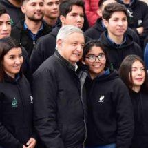 López Obrador recomendará a graduados de Jóvenes Construyendo el Futuro