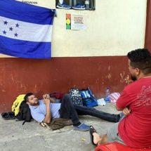 Saturan centroamericanos albergues de frontera sur