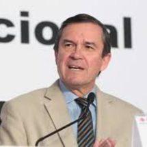 Juez falla en favor secretario del INE, podrá ganar más que el presidente