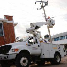 Mejoran servicio de alumbrado público en agencias y colonias de Xoxocotlán
