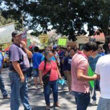 Protestan comerciantes por cierre de ferias en Oaxaca capital