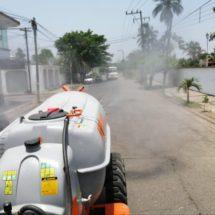 Gobiernos municipal y estatal sanitizan Tuxtepec contra Covid-19
