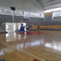 Realizan trabajos de limpieza de la Unidad Deportiva Municipal