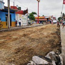 Gobierno de Tuxtepec rehabilita drenaje sanitario en calle Aldama
