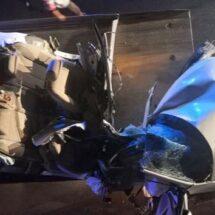 Se mata joven de 18 años tras partir en dos su auto al chocar contra puente peatonal