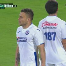 Cruz Azul regresa e ilusiona con goleada ante Pumas
