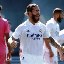 Benzema y Ramos tiran del Real Madrid en el único partido de pretemporada
